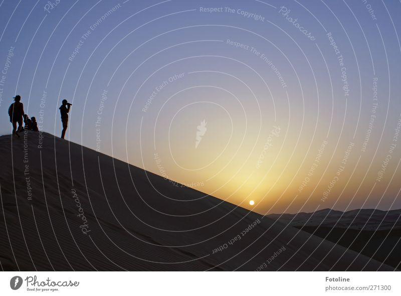 555 Bilder, die ich... Mensch Himmel Natur Sonne Erwachsene Umwelt Landschaft feminin Wärme Sand Menschengruppe Erde Körper maskulin Urelemente Wüste