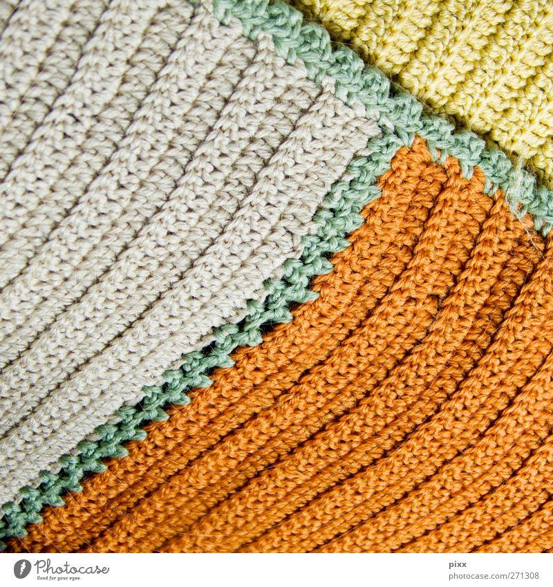 endlich 100 Lifestyle Freizeit & Hobby Handarbeit stricken Häusliches Leben Dekoration & Verzierung Erholung liegen schlafen alt kuschlig retro gelb orange