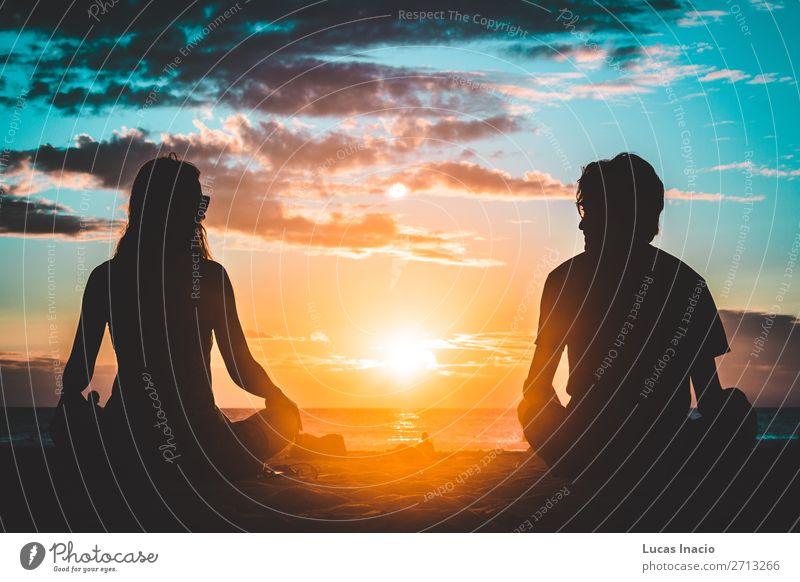 Silhouette eines Paares am Coronado Beach, San Diego Ferien & Urlaub & Reisen Tourismus Sommer Strand Mensch Junge Frau Jugendliche Junger Mann Erwachsene