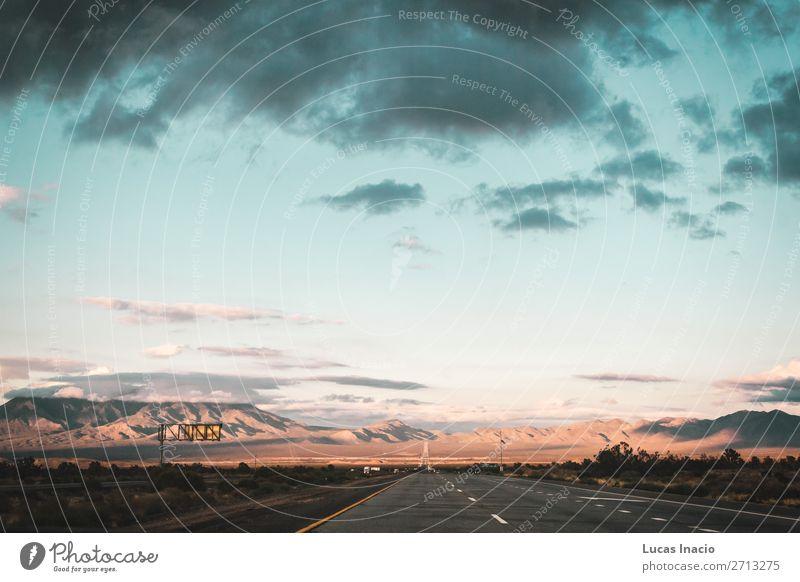 Mojave-Wüste an der Route 66 in Kalifornien Ferien & Urlaub & Reisen Tourismus Ausflug Abenteuer Ferne Freiheit Sommer Berge u. Gebirge Umwelt Natur Landschaft