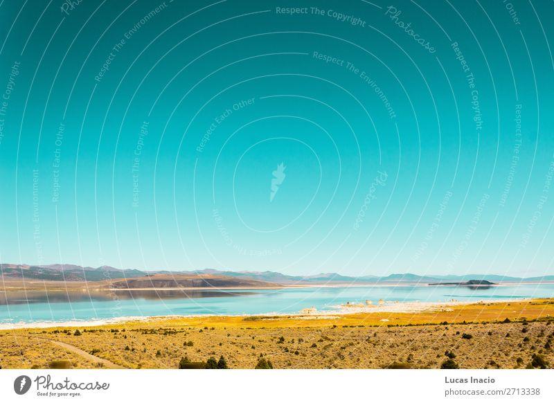 See und Berge in einer Wüste nahe Kalifornien und Nevada Ferien & Urlaub & Reisen Tourismus Sommer Berge u. Gebirge Umwelt Natur Landschaft Hügel Fluss Gebäude