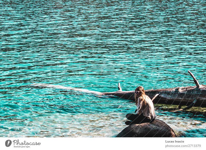 Mädchen in der Emerald Bay, Lake Tahoe Ferien & Urlaub & Reisen Tourismus Sommer Strand Meer Berge u. Gebirge Garten Mensch feminin Junge Frau Jugendliche