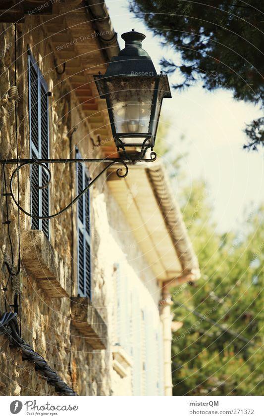 Gassenromantik II Wand Lampe ästhetisch Laterne Dorf Spanien Gasse Mallorca Süden Kleinstadt Schattenspiel Urlaubsort Urlaubsstimmung Lampenlicht