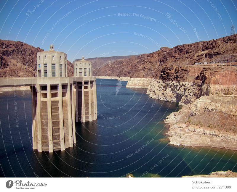 Hoover Dam.01 blau Wasser rot Sonne Meer Landschaft Berge u. Gebirge Wärme Architektur Sand Stein Luft braun Felsen Energiewirtschaft Beton