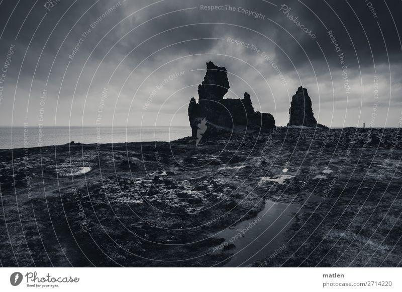 Wahrzeichen Natur Landschaft Himmel Gewitterwolken Horizont Frühling schlechtes Wetter Moos Felsen Küste Strand Meer Leuchtturm dunkel gigantisch natürlich