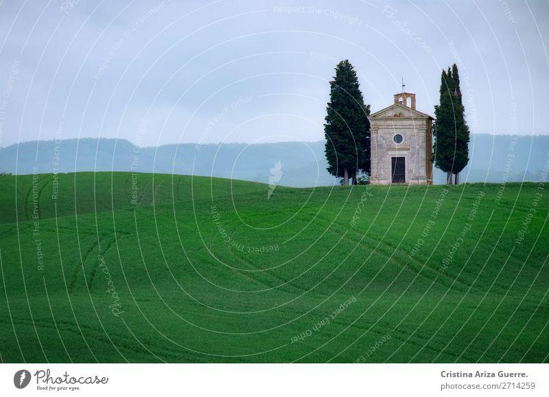 Capella della Madonna di Vitaleta, Toskana capella vitaleta Kapelle Italien grün Gras Zypresse Bereiche Wiese Natur Außenaufnahme Hügel