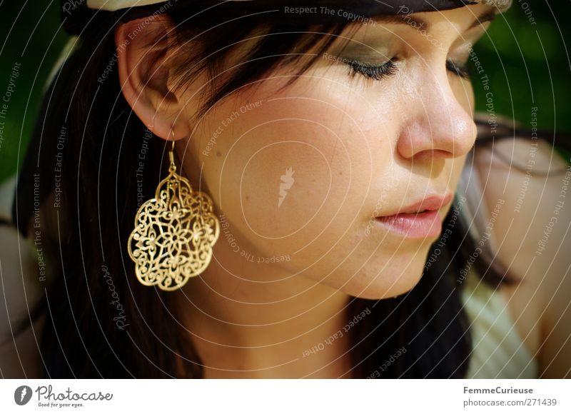 Sonnenwärmegenießerin II. Mensch Frau Jugendliche schön Erwachsene Gesicht Erholung feminin Junge Frau Kopf Stil Gesundheit Zufriedenheit 18-30 Jahre Haut elegant
