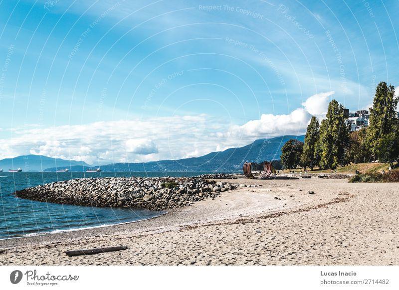 Sonnenuntergang Strand in Vancouver, Kanada Sommer Meer Umwelt Natur Sand Himmel Baum Blatt Park Felsen Küste Stadtzentrum Skyline Abenteuer Erholung
