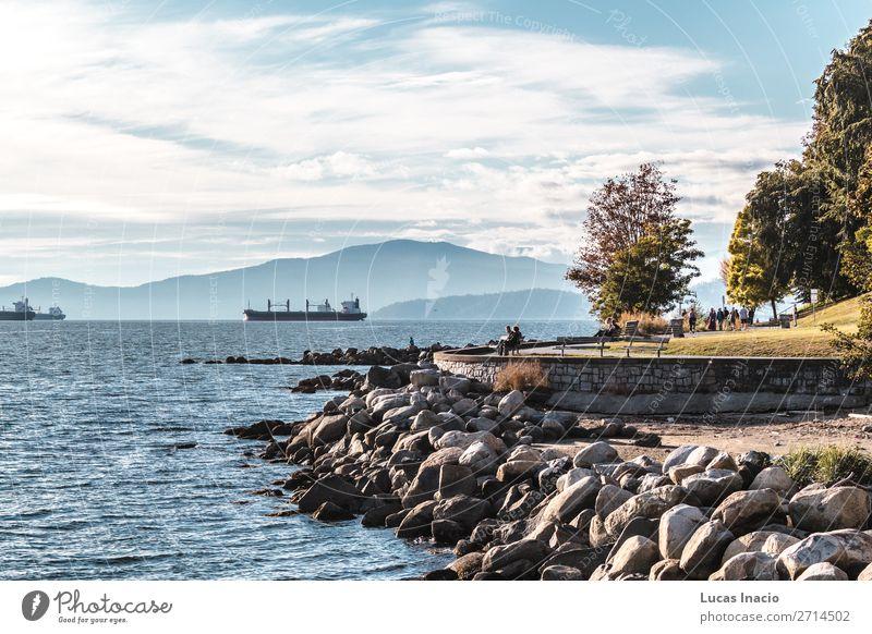 Stanley Park und das Meer in Vancouver, Kanada Sommer Strand Umwelt Natur Sand Himmel Baum Blatt Felsen Küste Skyline Abenteuer Erholung