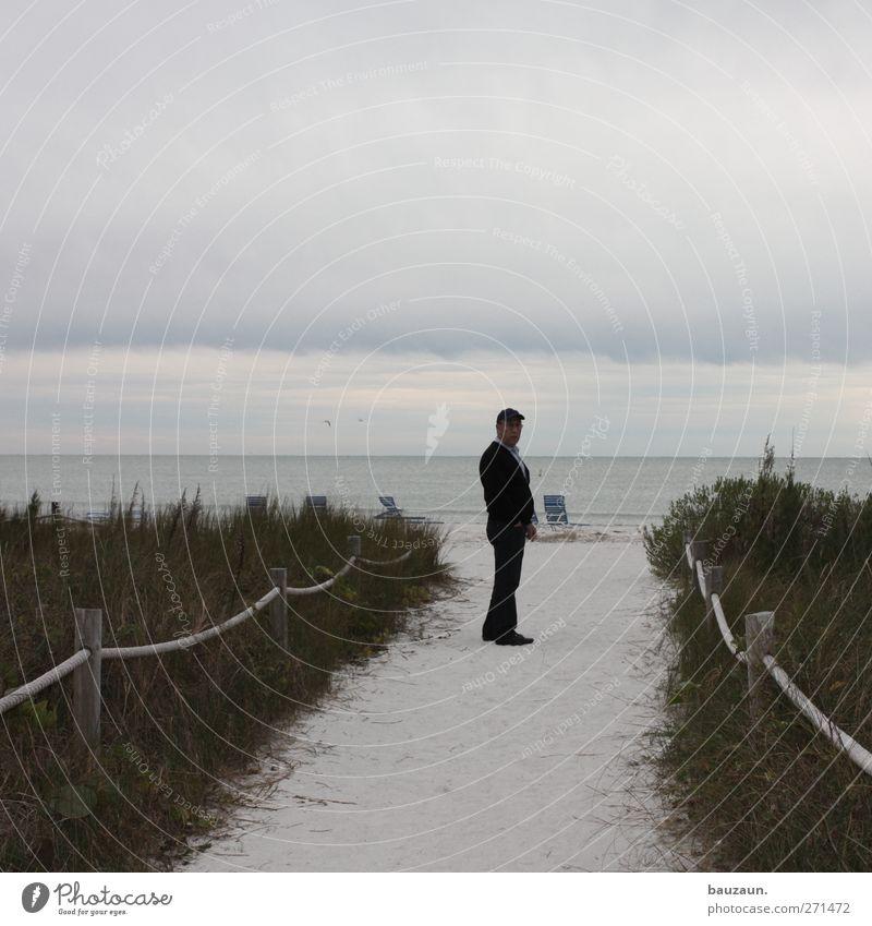 number one. Mensch Mann Ferien & Urlaub & Reisen Meer Strand Erwachsene Senior Küste Freiheit Sand maskulin stehen Insel 60 und älter 45-60 Jahre Ausflug