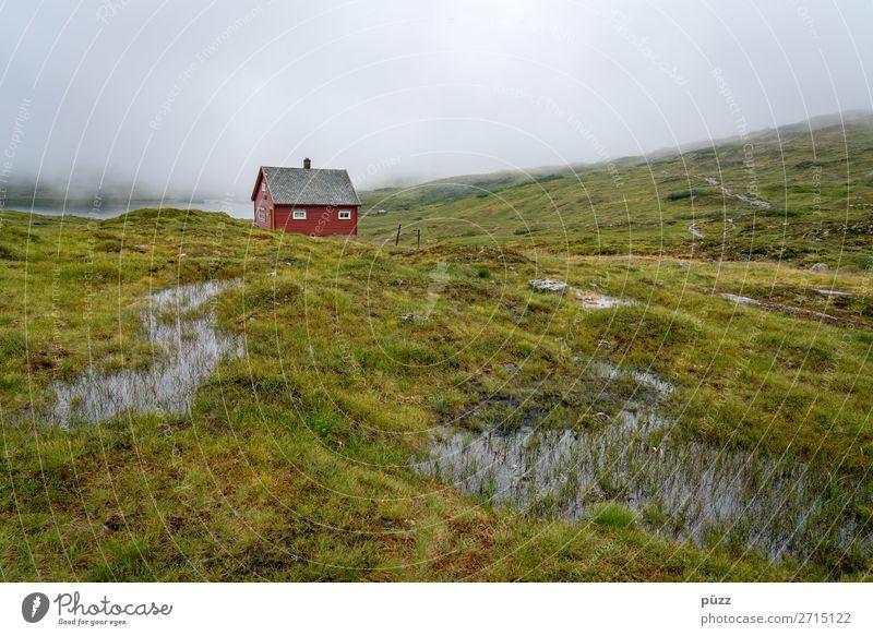Rote Hütte I Himmel Ferien & Urlaub & Reisen Natur Pflanze grün Wasser Landschaft rot Erholung Einsamkeit Ferne Berge u. Gebirge Umwelt Tourismus Freiheit Regen