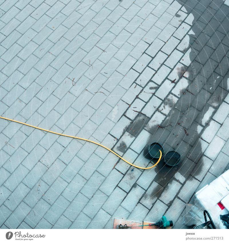 Wasserversorgung weiß Stadt schwarz kalt grau Platz neu