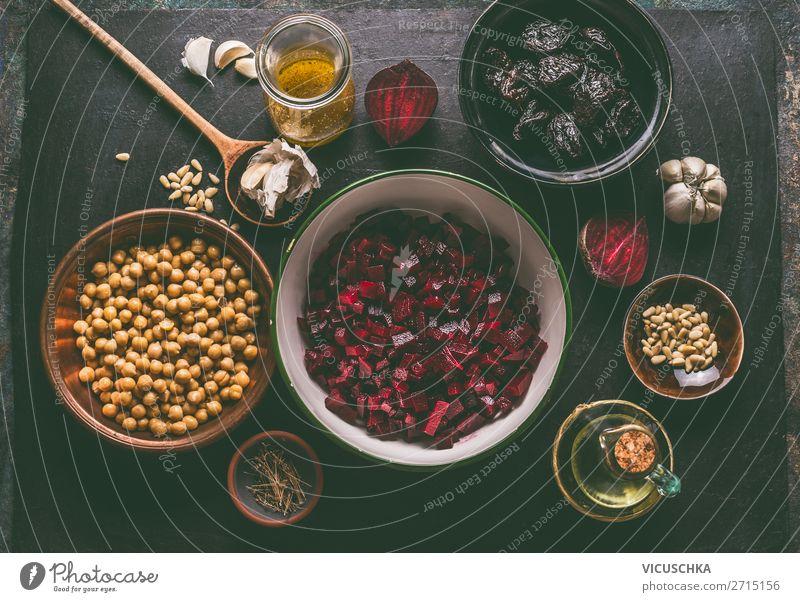 Vegane Salat Zutaten mit Rote Bete Lebensmittel Gemüse Ernährung Geschirr Schalen & Schüsseln Stil Design Gesundheit Gesunde Ernährung Tisch Vegane Ernährung