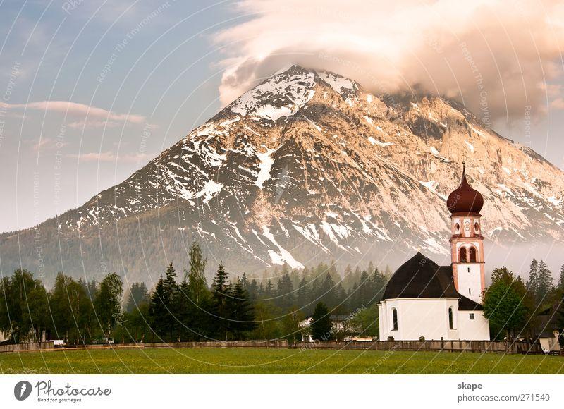Hohe Munde Natur blau grün Wald Landschaft Berge u. Gebirge Nebel Freizeit & Hobby groß Kirche Abenteuer Alpen Kitsch