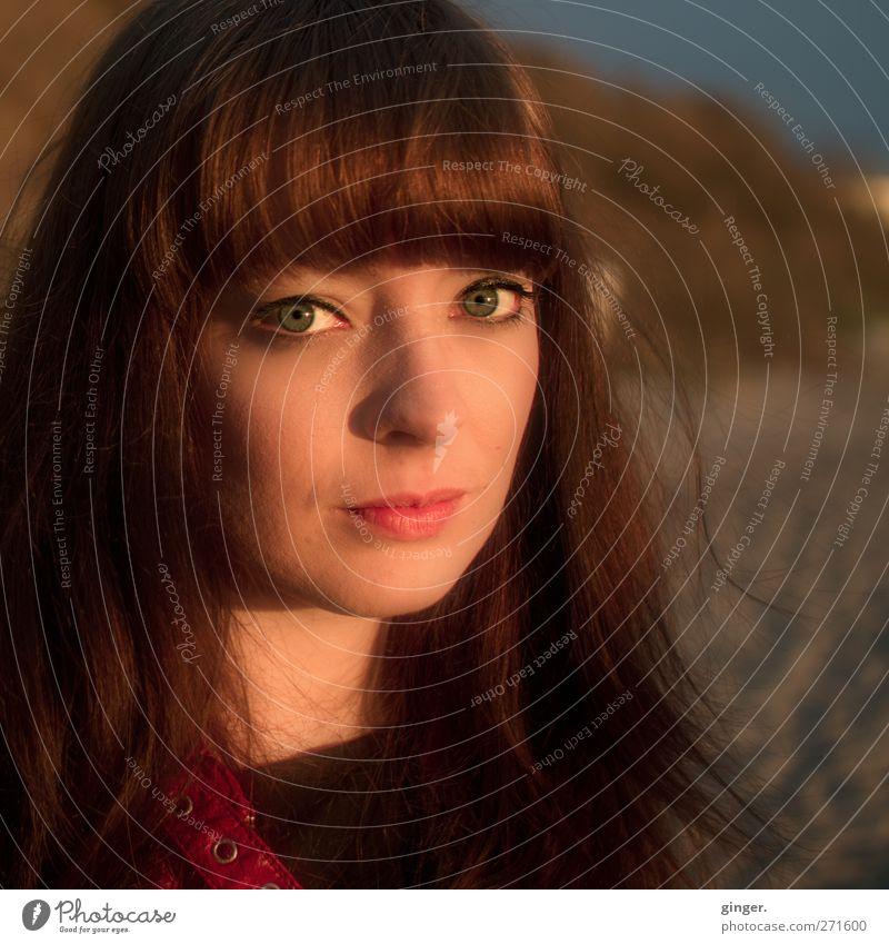 Hiddensee | Cinnamon Girl Mensch Frau Jugendliche schön Meer Gesicht Erwachsene feminin Leben Haare & Frisuren Kopf Beleuchtung Junge Frau 18-30 Jahre Kontakt leicht