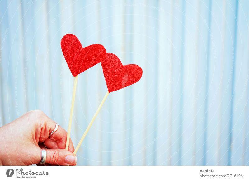schön rot Gesundheit Leben Liebe Gefühle Familie & Verwandtschaft Feste & Feiern Stil Paar Textfreiraum Zusammensein Design Herz Geschenk Romantik