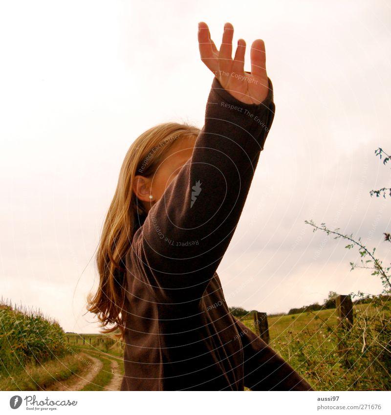 Bye, bye photocase! winken Abschied Mädchen Jugendliche 13-18 Jahre anonym Einsamkeit Trennung