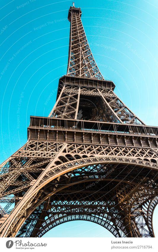 Eiffelturm in Paris, Frankreich Ferien & Urlaub & Reisen Tourismus Ausflug Sightseeing Städtereise Sommer Umwelt Natur Landschaft Himmel Herbst Skyline Gebäude