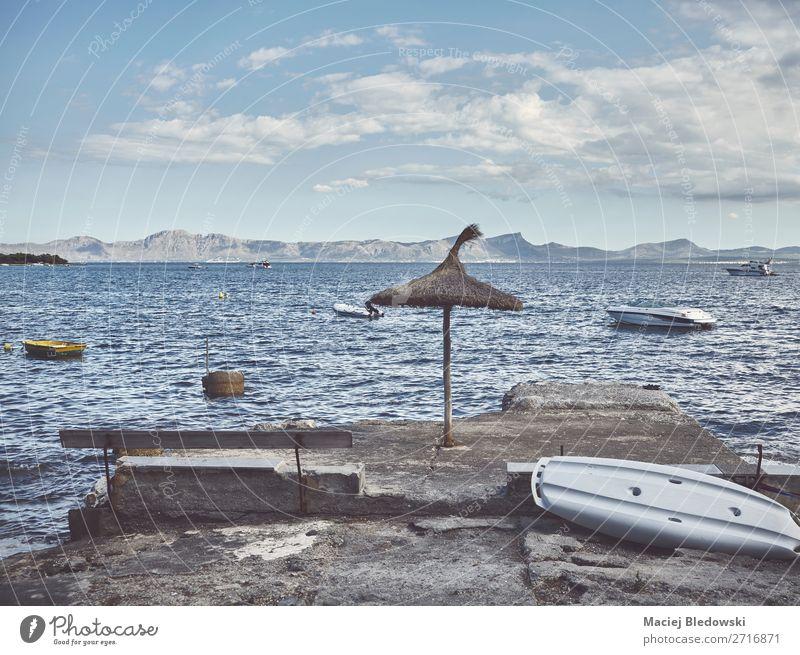 Entspannen Sie sich an der Küste Mallorcas, Spanien. Lifestyle Erholung ruhig Ferien & Urlaub & Reisen Abenteuer Freiheit Camping Sommer Sommerurlaub Strand