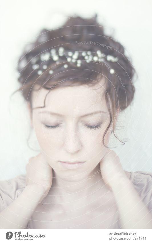 meerjungfrau Mensch Jugendliche schön Erwachsene feminin Gefühle Haare & Frisuren hell Stimmung Zufriedenheit 18-30 Jahre ästhetisch nachdenklich weich Locken brünett