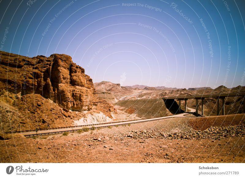 Grand Canyon.01 blau Ferien & Urlaub & Reisen Sommer Landschaft Ferne Berge u. Gebirge Wärme Straße Stein Sand Felsen träumen braun orange Erde wandern