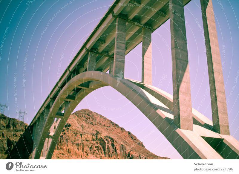 bridge.04 blau Ferien & Urlaub & Reisen Sommer Landschaft Berge u. Gebirge Straße Freiheit Architektur Stein Sand Felsen träumen Metall braun Erde Verkehr