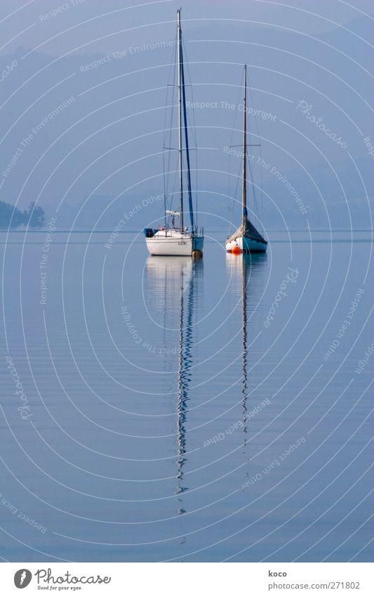 mal Pause machen Himmel blau Wasser weiß rot Sommer ruhig schwarz Erholung Küste See Metall träumen Linie Schwimmen & Baden Wellen