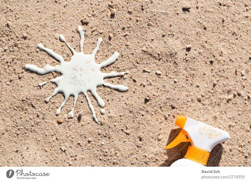 Sonnencreme-Sprühflasche und Sonne aus Sonnenmilch im Sand Creme Gesundheit Sommerurlaub Sonnenbad Strand Schönes Wetter gelb weiß Schutz Vorsorge Wetterschutz