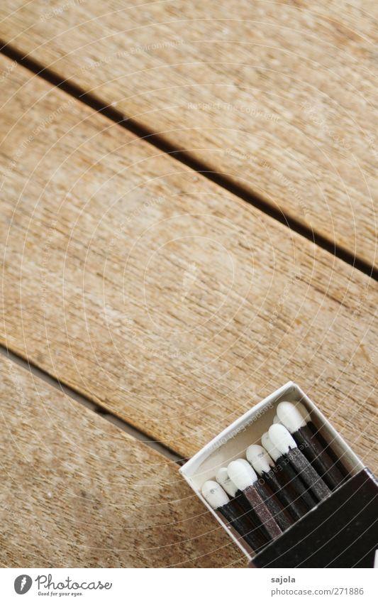 schwarz ist chic weiß Holz Linie braun Tisch Streichholz Holztisch