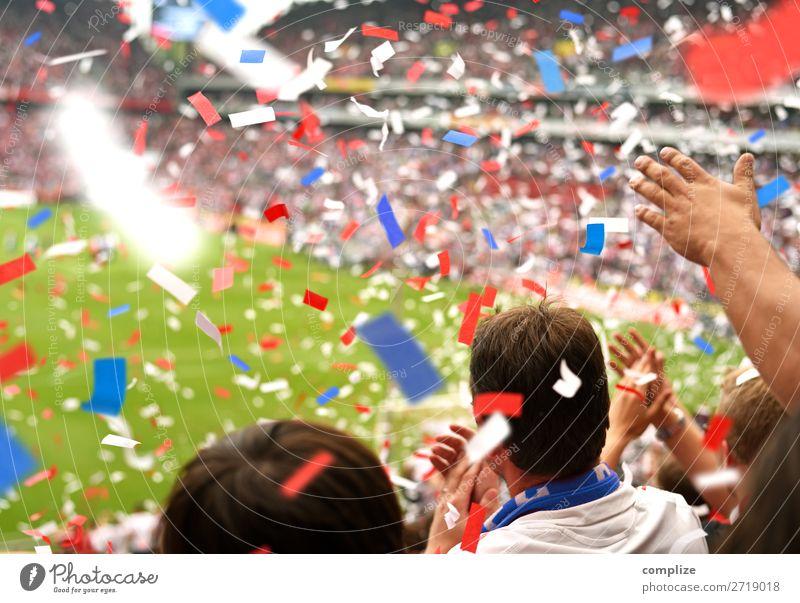Toooooor! | Fussball Fans Party Sport Sportler Sportmannschaft Publikum Hooligan Tribüne Sportveranstaltung Preisverleihung Pokal Erfolg Fußball Sportstätten
