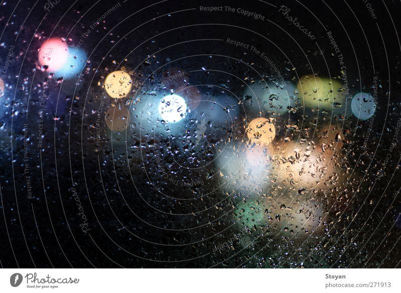 Stadt Sommer Wasser Fenster kalt Umwelt Straße Herbst Frühling Gebäude Kunst Regen Verkehr Glas Energie Wassertropfen