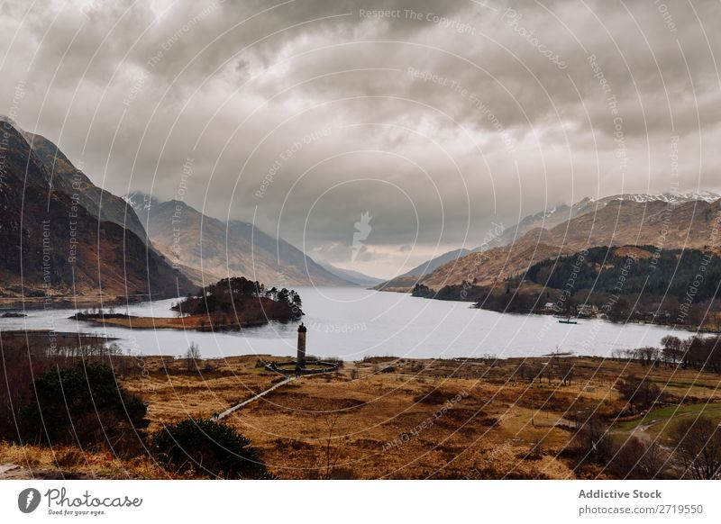 Küste des Bergsees Felsen See Hügel Berge u. Gebirge Landschaft Natur Wasser