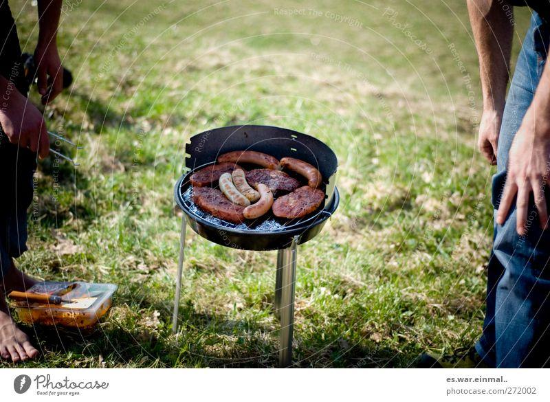 baconstripsandbaconstripsandbacon... Grillen lecker Fleisch Wurstwaren Grillsaison Zusammensein Menschengruppe Fleischgerichte Sommer Sommerfest Farbfoto