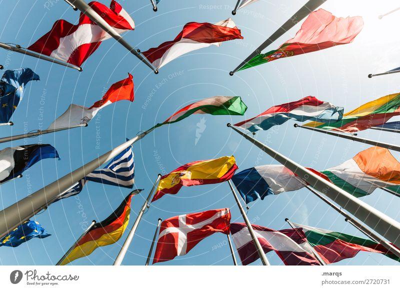 Flaggen Wolkenloser Himmel Zeichen Fahne Perspektive Politik & Staat Europa Deutschland Griechenland Frankreich Österreich Dänemark Portugal Spanien Polen