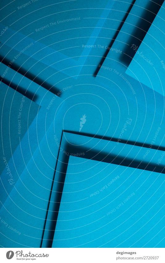 Blaues Papier Material Design. Geometrische einfarbige Formen Tapete Handwerk Kunst Linie Streifen retro blau Farbe geometrisch Hintergrund Konsistenz graphisch