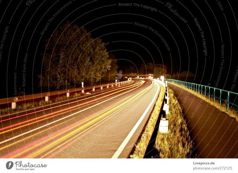 B96 bei Nacht Straße Stein PKW Verkehr leuchten Verkehrswege Fahrzeug Autofahren Personenverkehr Straßenverkehr Verkehrsmittel