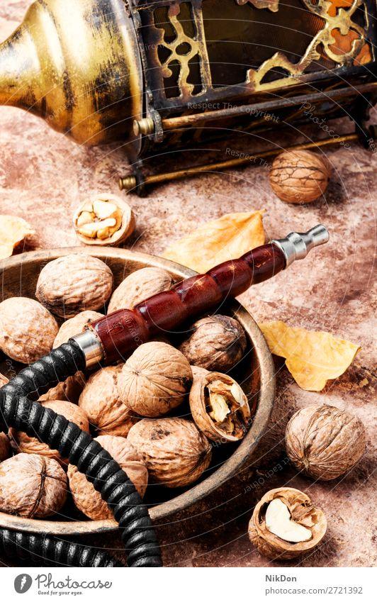 Shisha mit Walnussgeschmack Wasserpfeifenrauch shisha Walnussholz Nut Rauchen Tabak nargile Nikotin Osten Erholung Frucht arabisch Mundstück Röhren duftig