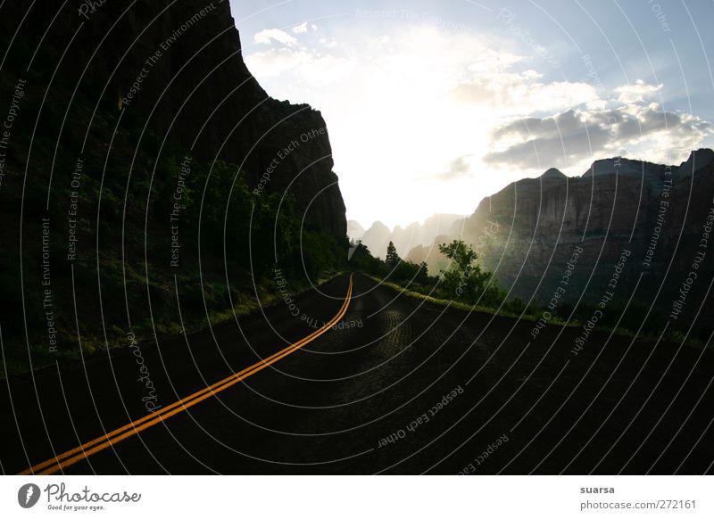 Straße in die Zukunft Himmel Natur Umwelt Wege & Pfade Garten PKW Felsen Angst Verkehr Hoffnung Vergänglichkeit Ziel USA Vergangenheit