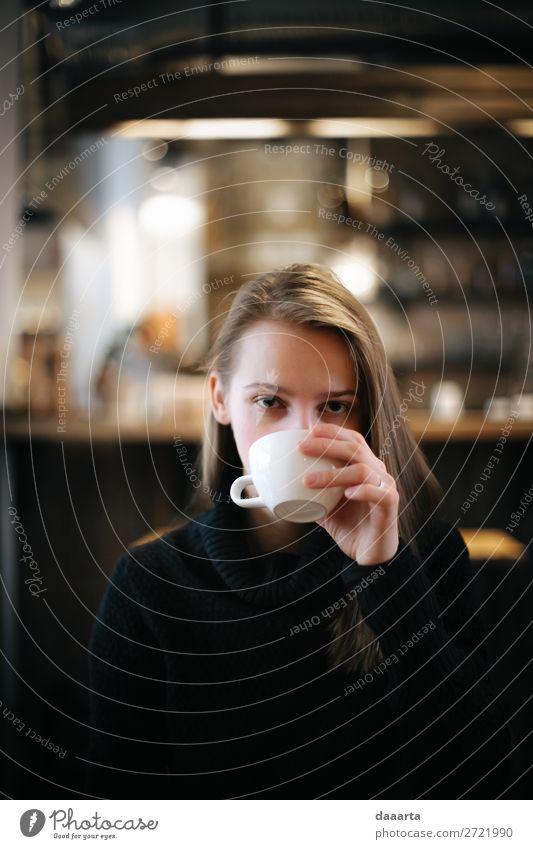 Becher mit Getränk trinken Heißgetränk Kakao Kaffee Latte Macchiato Espresso Lifestyle elegant Stil Freude Leben harmonisch Freizeit & Hobby Abenteuer Freiheit