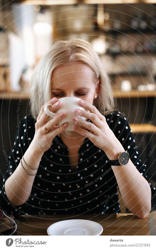 Silzene mit Kaffee Getränk trinken Heißgetränk Kakao Latte Macchiato Becher elegant Stil Freude Leben harmonisch Freizeit & Hobby Abenteuer Freiheit