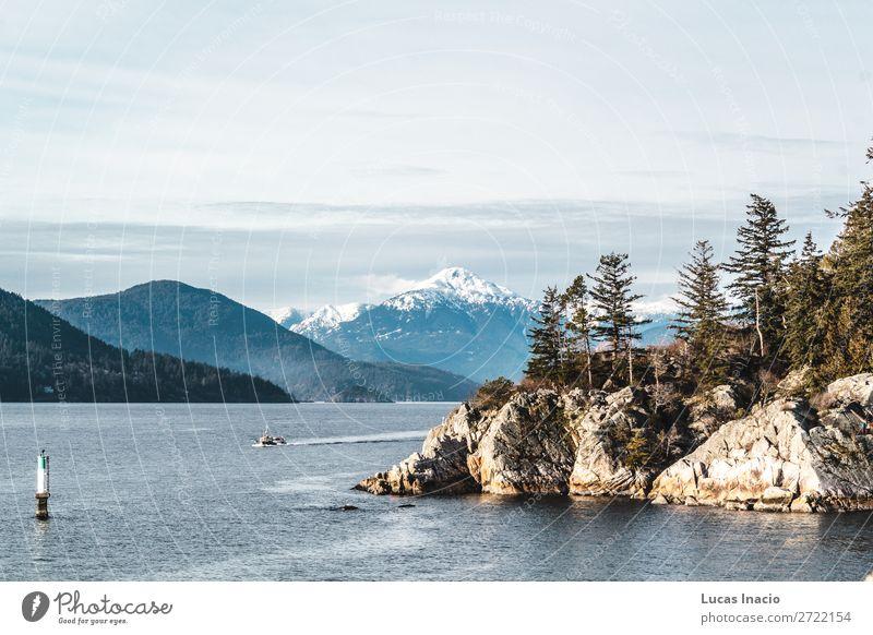 Whytecliff Park nahe der Horseshoe Bay in West Vancouver, BC, Kanada Ferien & Urlaub & Reisen Tourismus Strand Meer Schnee Berge u. Gebirge Umwelt Natur Sand