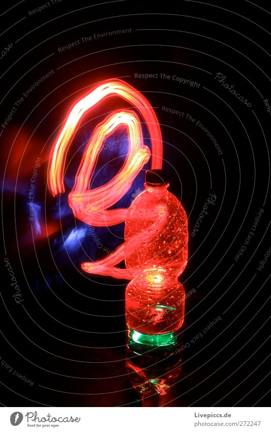 Rotlichtflasche rot Trinkwasser leuchten Getränk Flasche Erfrischungsgetränk