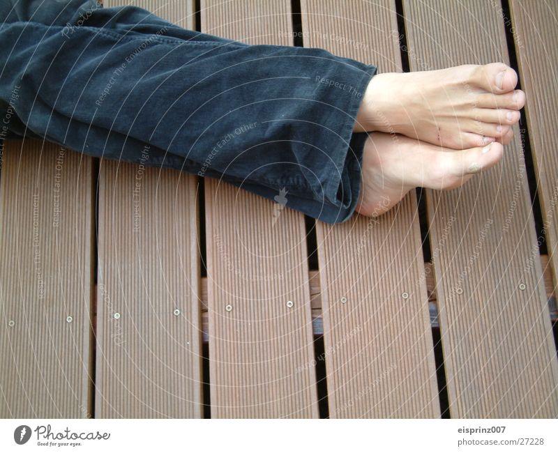 relaxe Mann Strand Erholung Fuß Nagel Fetischismus