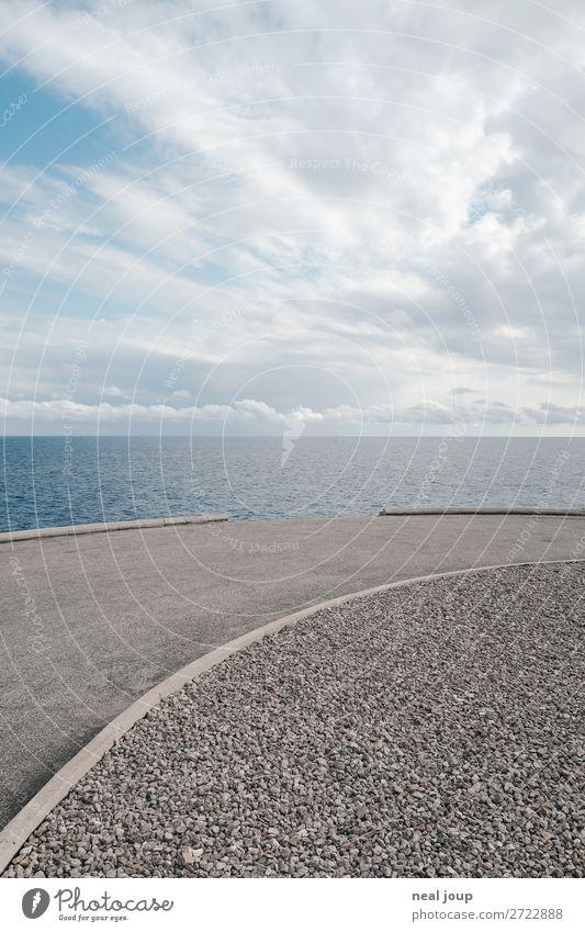 Kratz die Kurve –II- Himmel Wolken Horizont Meer Verkehrswege Straße fahren fallen Blick ästhetisch frei Unendlichkeit hoch kaputt blau grau Mut Verlässlichkeit