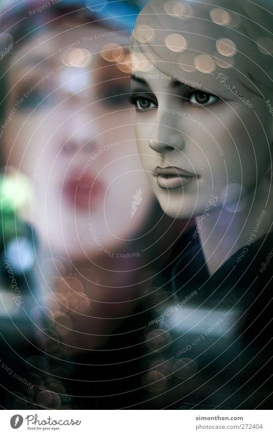 Schaufensterpuppe 1 Mensch kaufen Schaufenstergestallter Puppe künstlich gestellt Reflexion & Spiegelung Gesicht modern schön Gier Blick Starruhm Starrer Blick