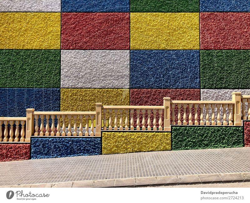 Mehrfarbig texturierter abstrakter Wandkunsthintergrund Hintergrundbild Farbe mehrfarbig Konsistenz Quadrat horizontal Kreativität Kulisse