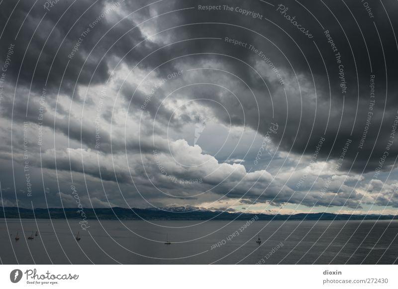 Stormy May Day Umwelt Natur Landschaft Urelemente Wasser Himmel Wolken Gewitterwolken Klima Wetter schlechtes Wetter Unwetter Wind Sturm Alpen Seeufer Bodensee