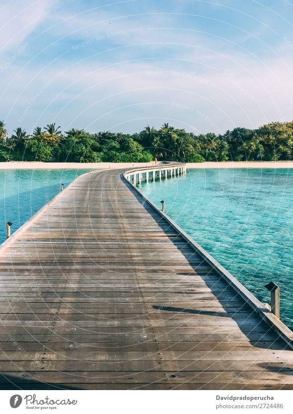 Malediven Insel Luxusresort Holzpier Strand Anlegestelle Ferien & Urlaub & Reisen Meer Lagune Sand