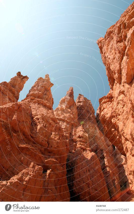 Rot Blau Himmel Natur blau rot Wärme hell Wetter Felsen Klima authentisch Macht einzigartig Schönes Wetter USA Wüste Fluss