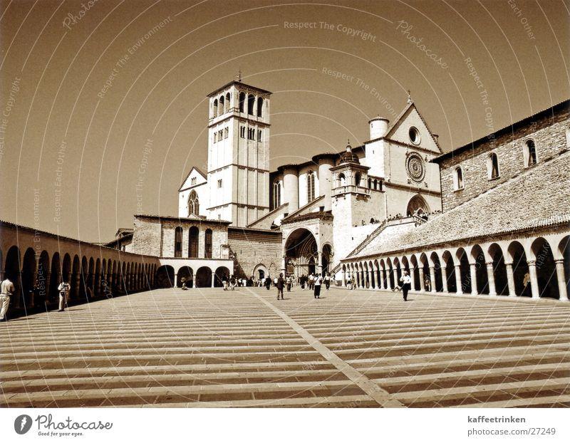 Assisi - Italien Europa Tourist Sepia Attraktion Basilika